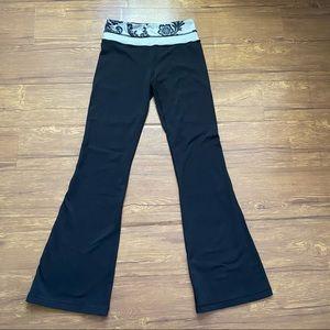 Lululemon Reversible Groove Yoga Pant 4